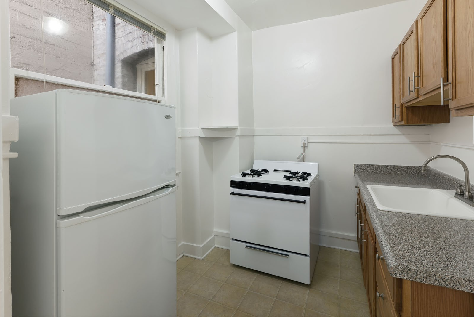 920 LEAVENWORTH Apartments rental