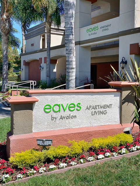 eaves West Valley