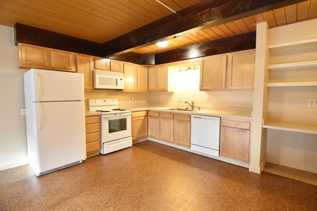 Tallmadge Pointe - Great for Students rental