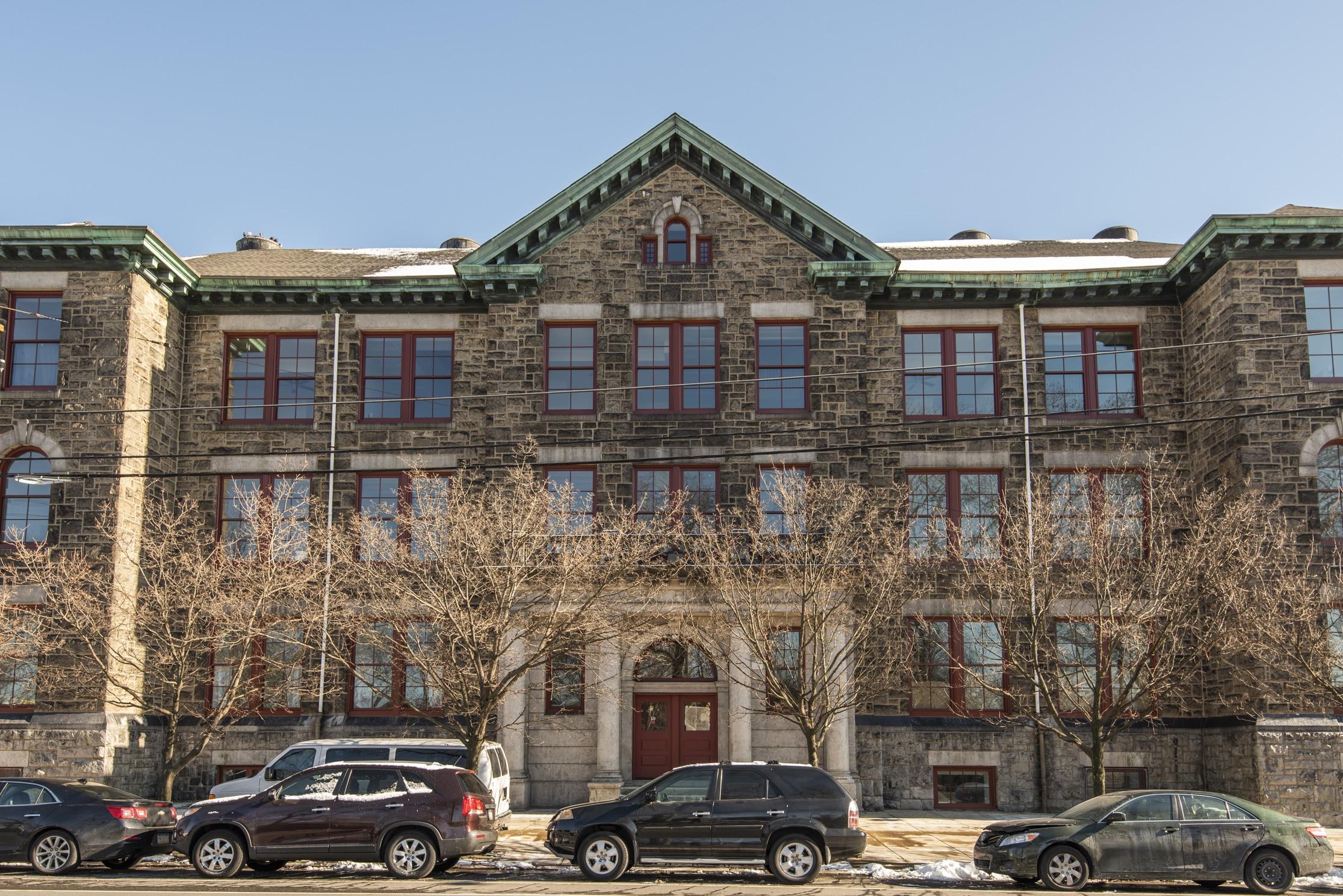 Apartments Near Rowan Abigail Vare for Rowan University Students in Glassboro, NJ