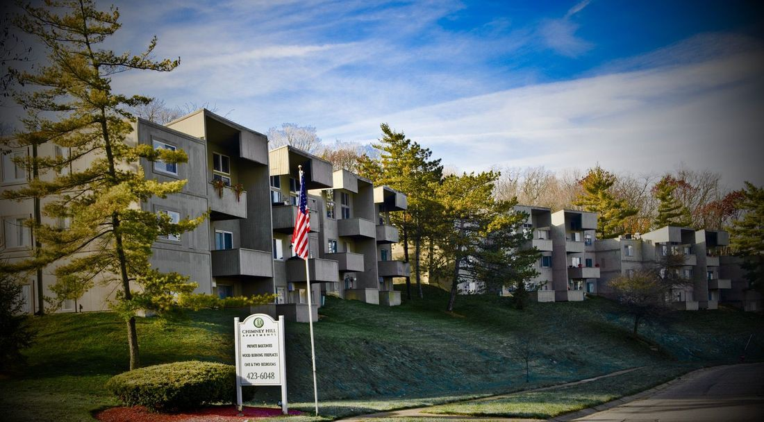 Apartments Near Miami Middletown Chimney Hill for Miami University Middletown Students in Middletown, OH