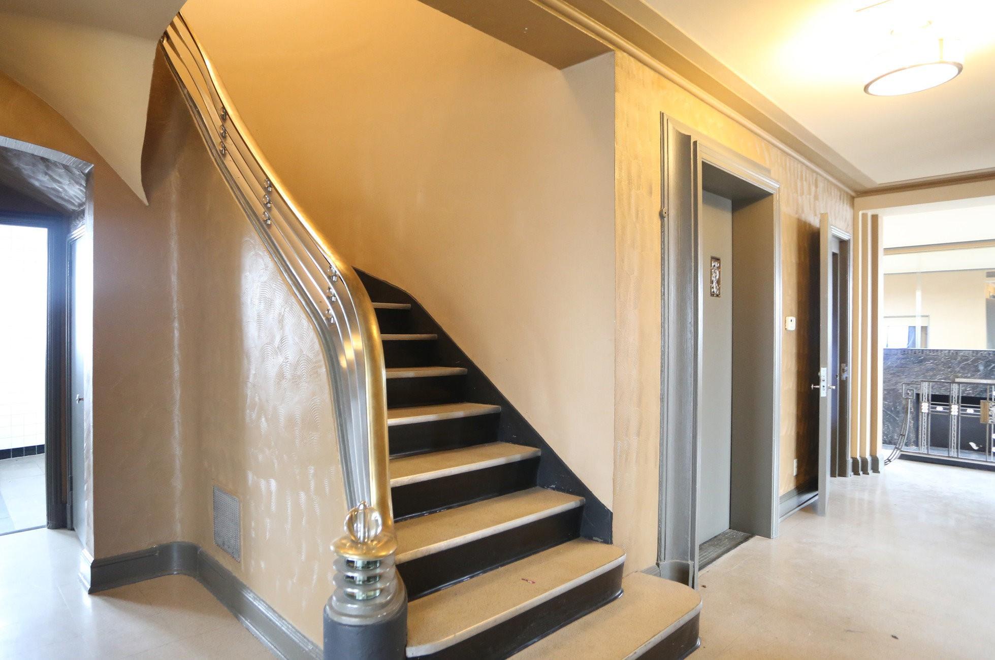 Royal York Apartments rental