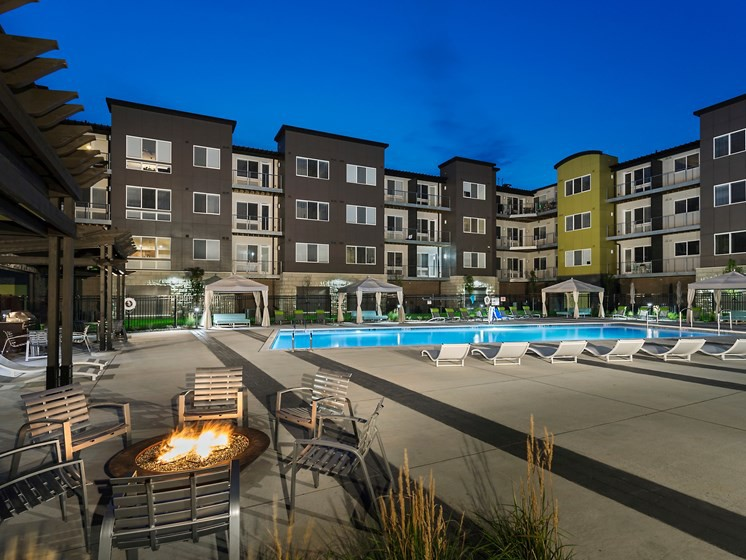 Apartments Near Faith Baptist Bible College and Theological Seminary Residences at 62W for Faith Baptist Bible College and Theological Seminary Students in Ankeny, IA