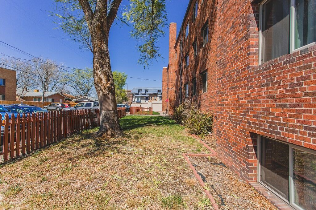 1225 Colorado Blvd rental