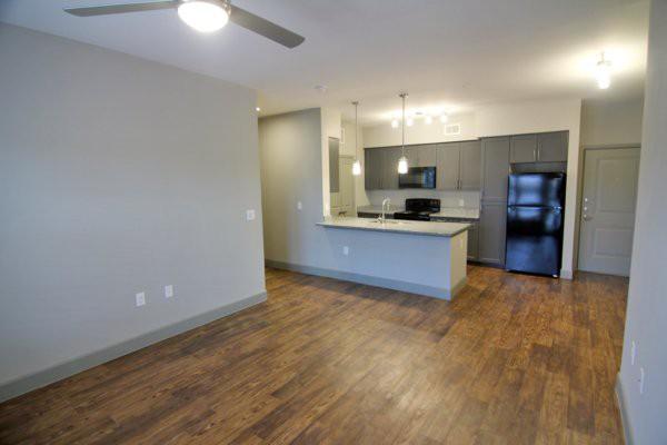 Bella Vista Apartments photo