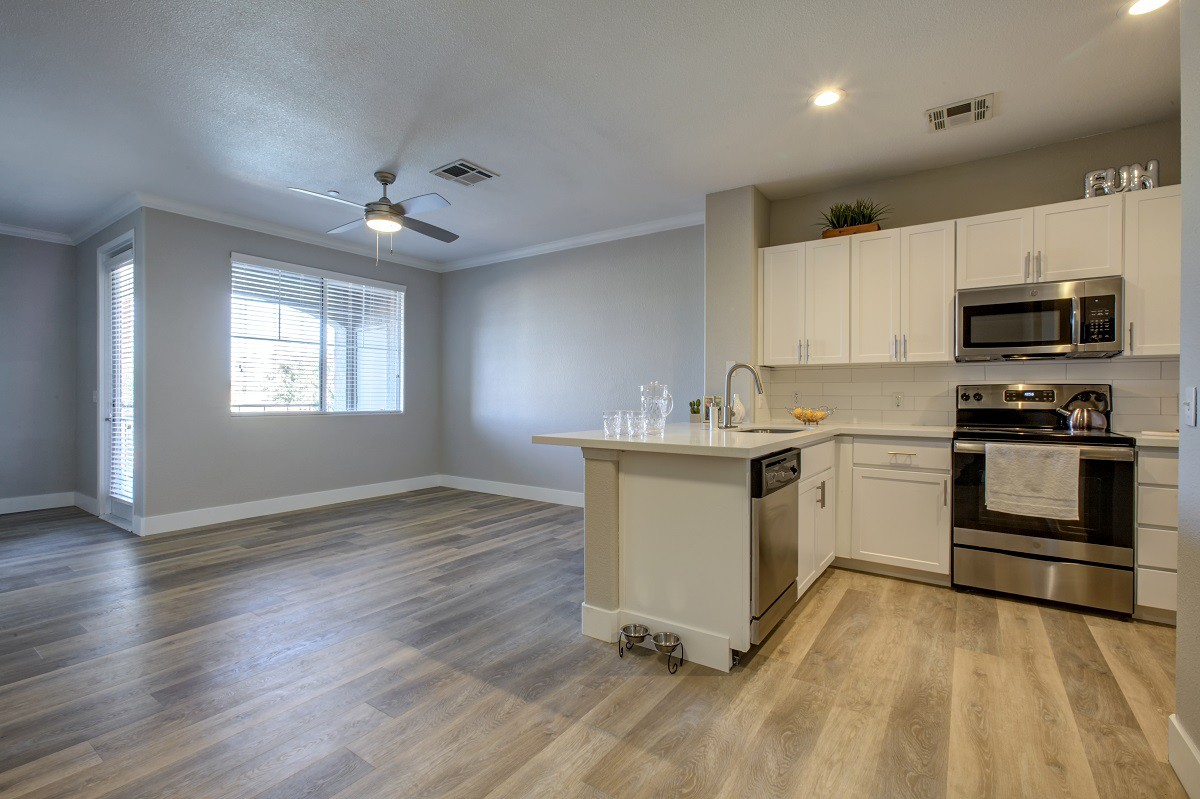 Waterford at Peoria for rent