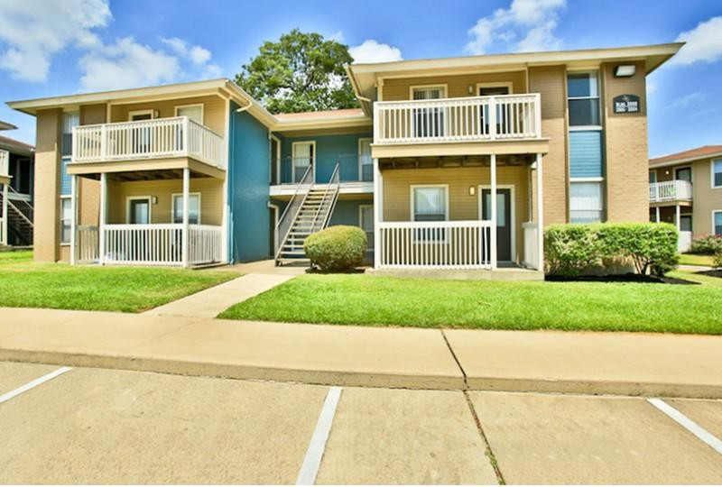 Apartments Near College Station Laurel Ridge for College Station Students in College Station, TX