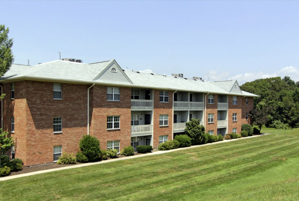 Apartments Near UMass-Dartmouth Four Winds Apartments for University of Massachusetts Dartmouth Students in North Dartmouth, MA
