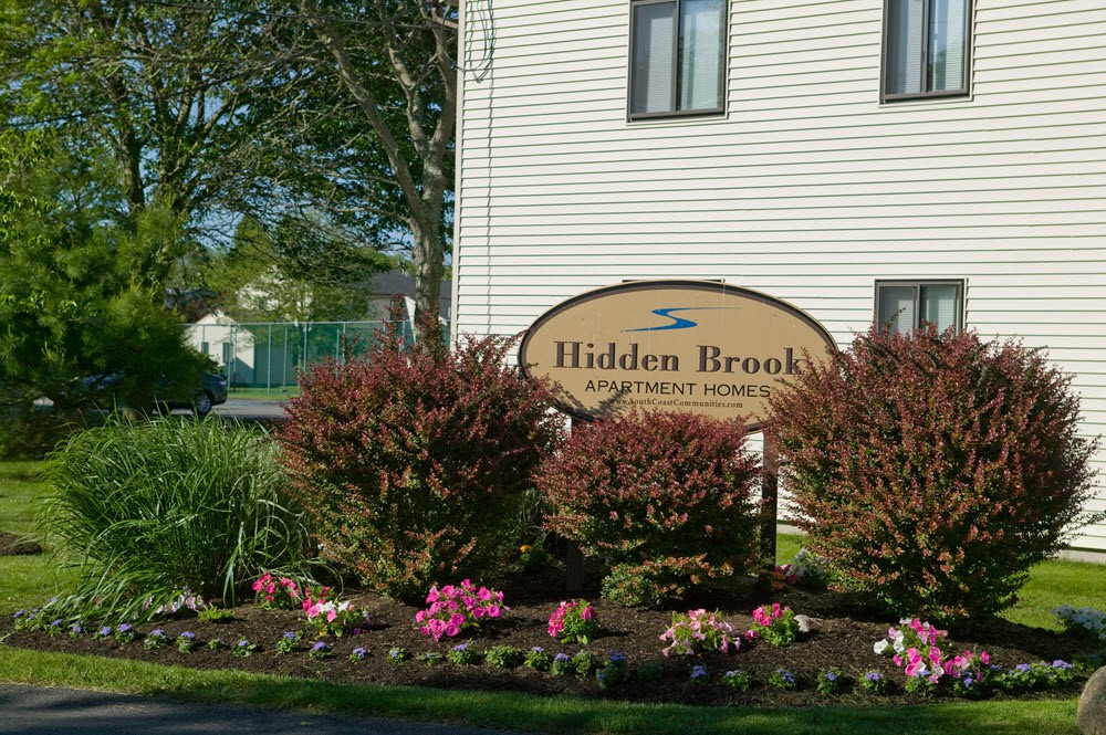 Apartments Near UMass-Dartmouth Hidden Brook Apartment Homes for University of Massachusetts Dartmouth Students in North Dartmouth, MA