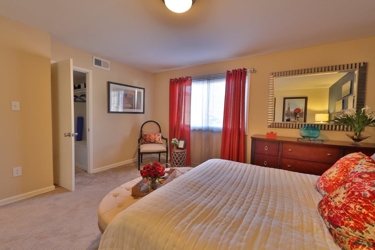 Briarwood Place Apartment Homes rental
