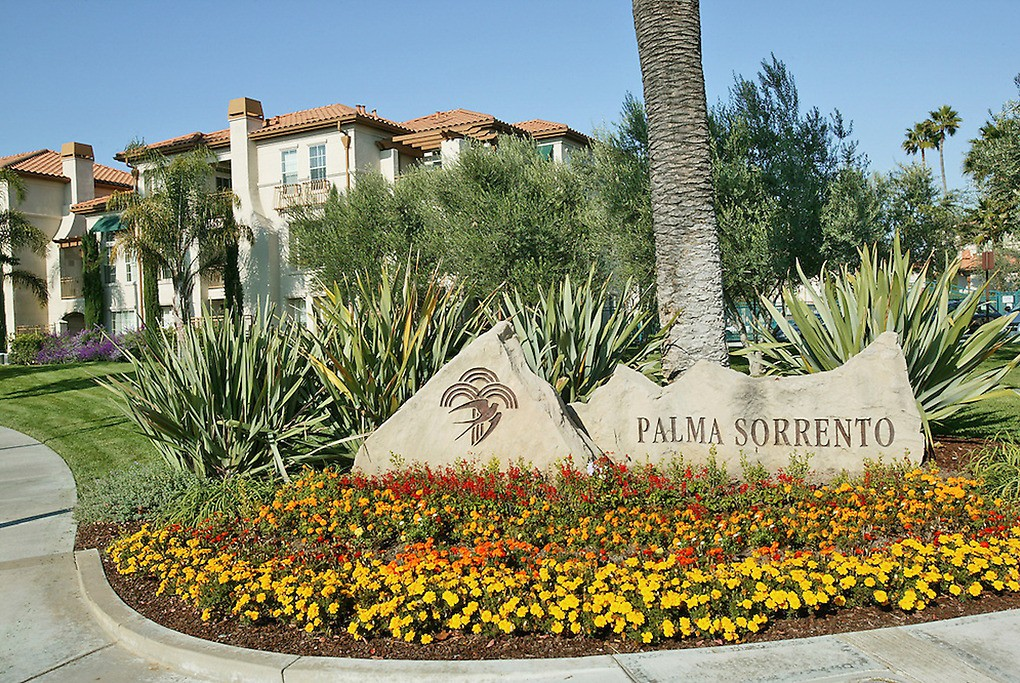Palma Sorrento at Palm Valley
