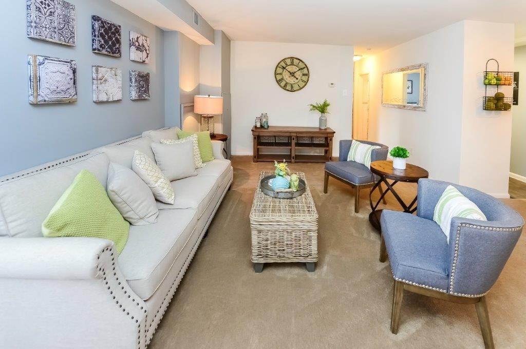 Apartments Near Gwynedd-Mercy Main Street Apartment Homes for Gwynedd-Mercy College Students in Gwynedd Valley, PA