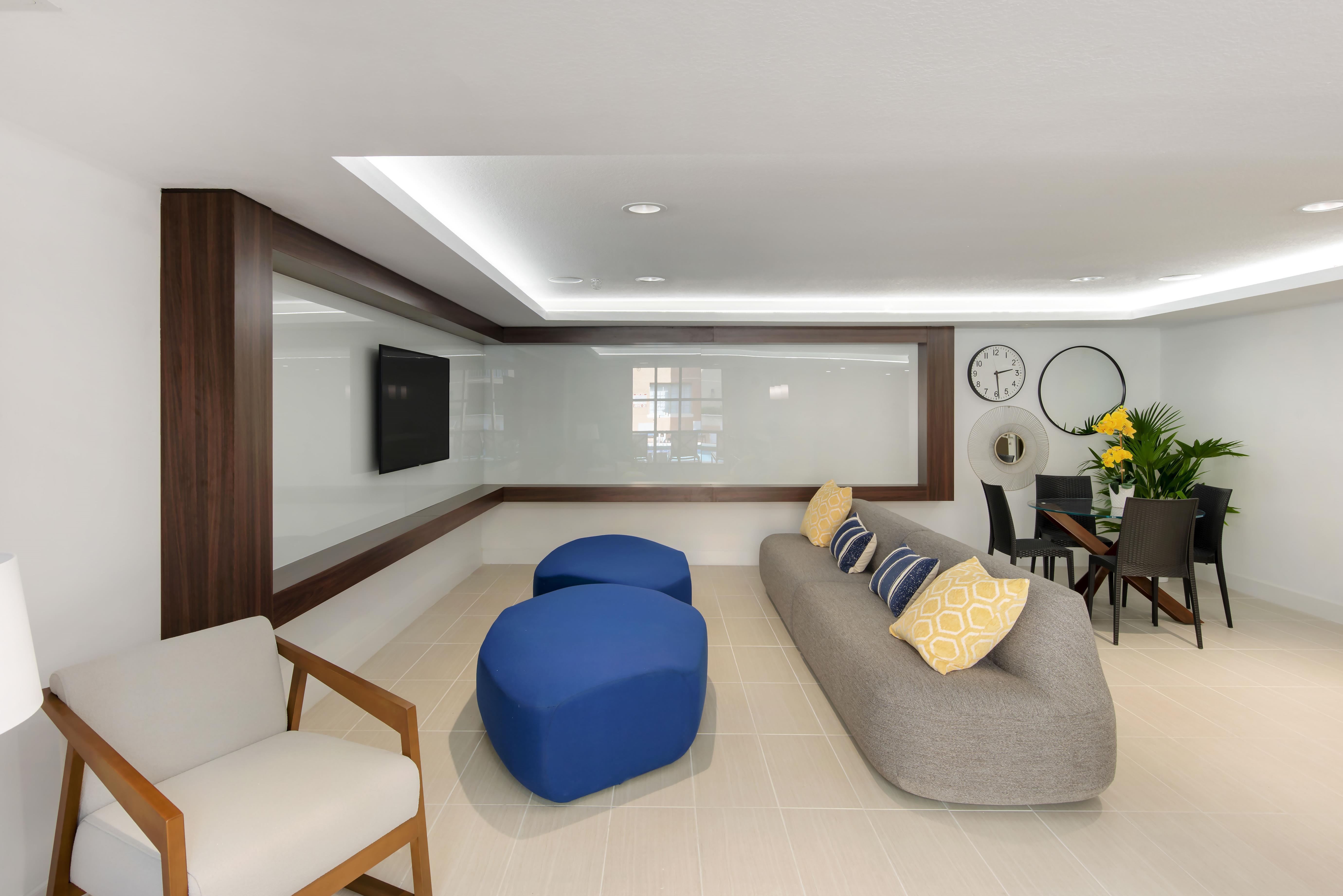 Gables Grand Plaza Apartments rental