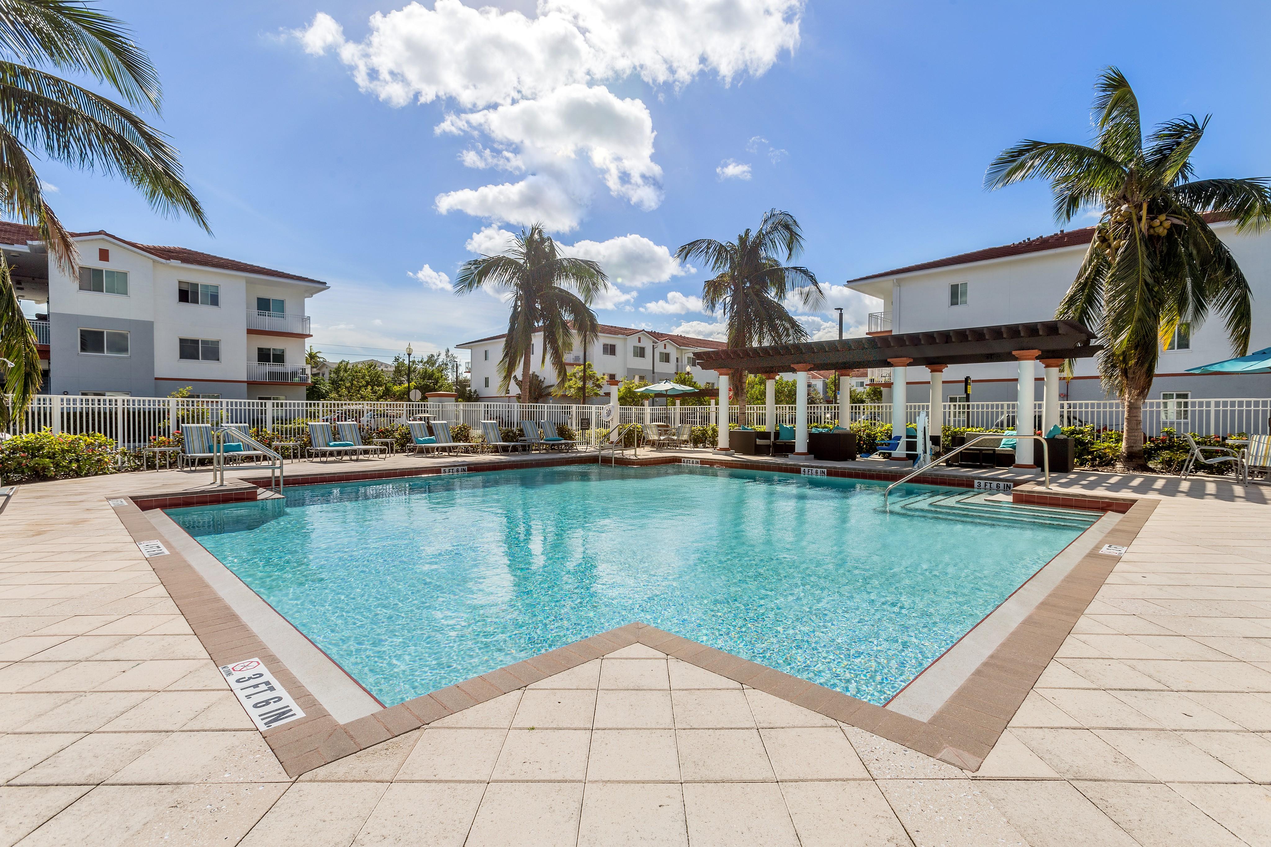 Advenir at Biscayne Shores for rent