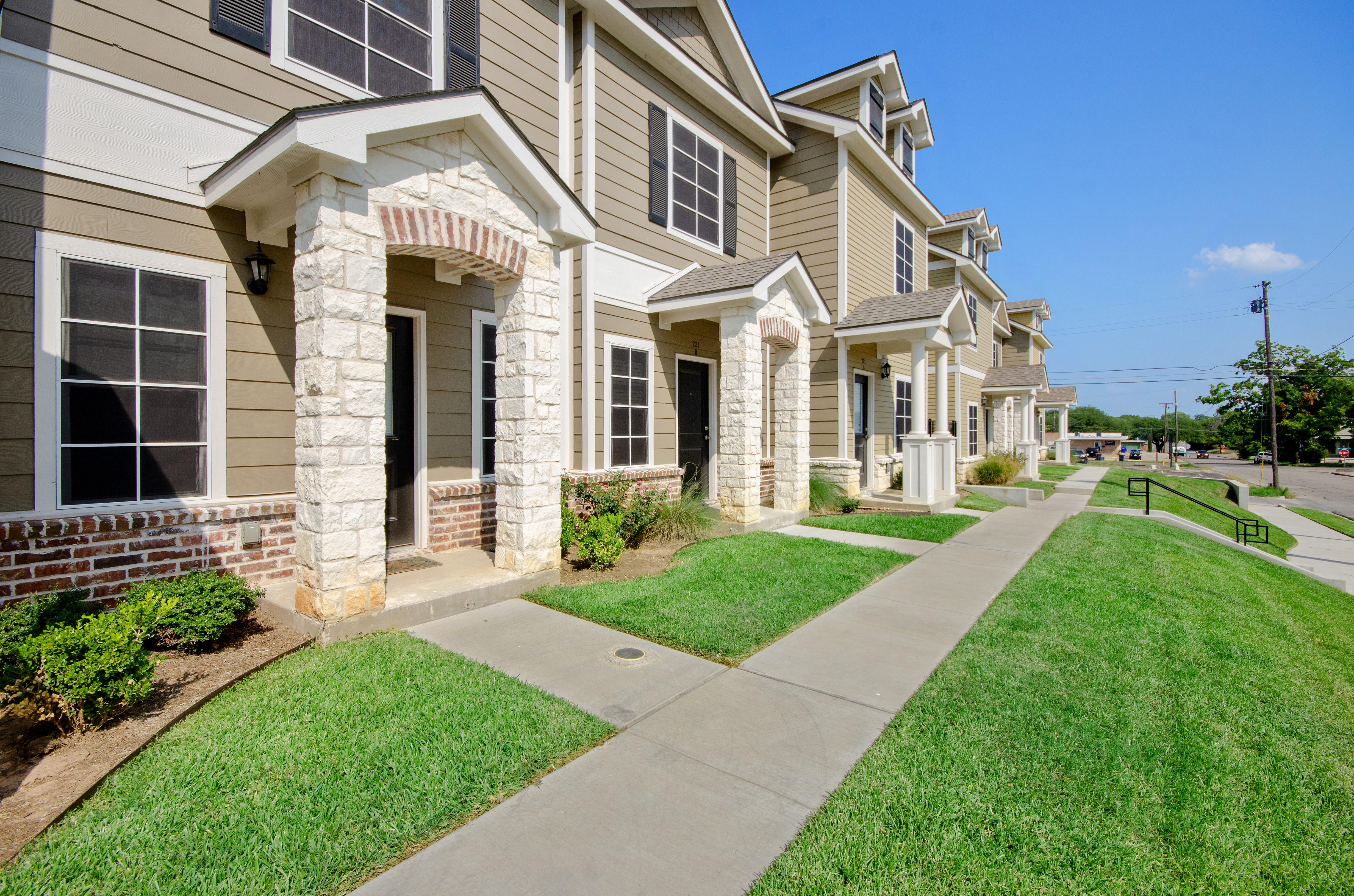 Apartments Near MCC Tinsley Place for McLennan Community College Students in Waco, TX