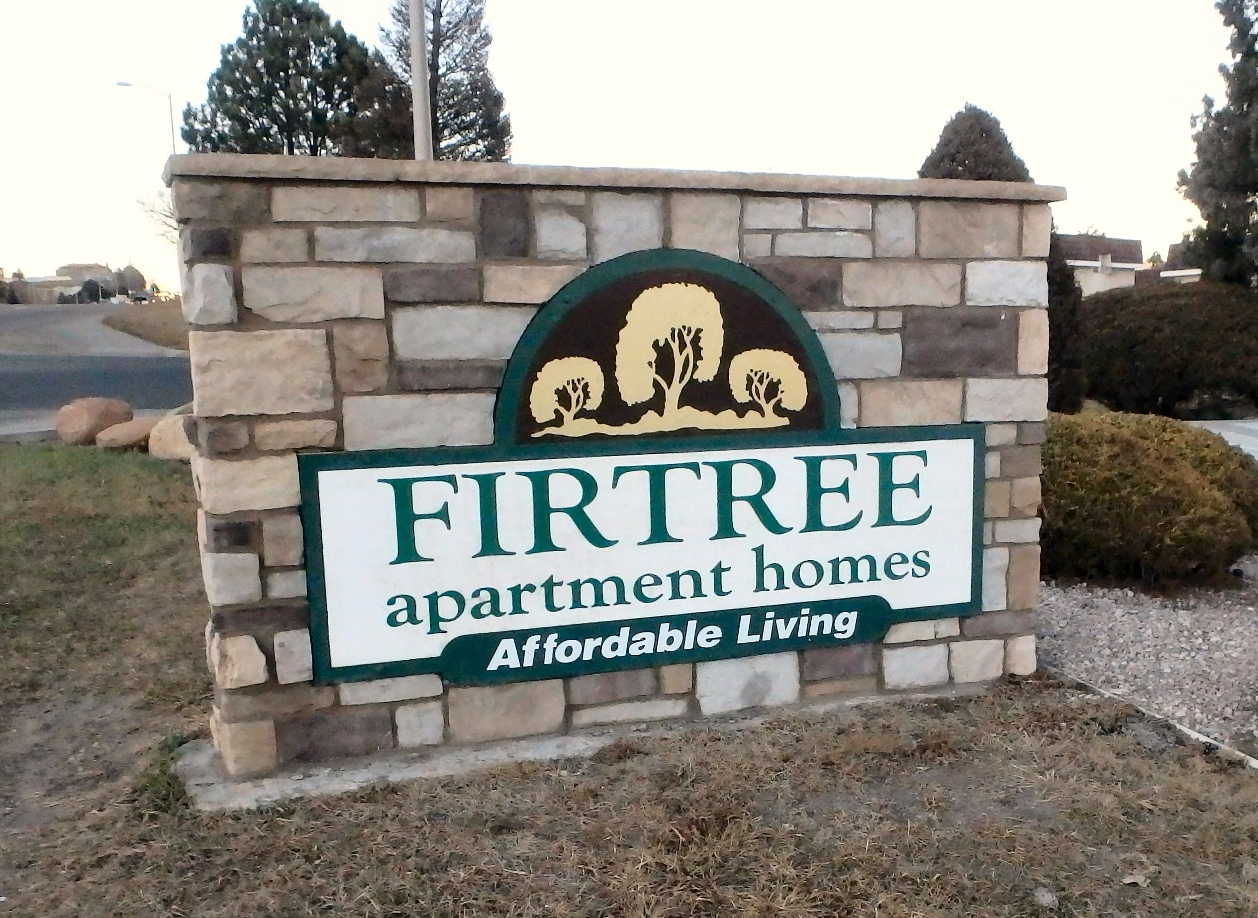 Apartments Near UCCS Fir Tree for University of Colorado at Colorado Springs Students in Colorado Springs, CO