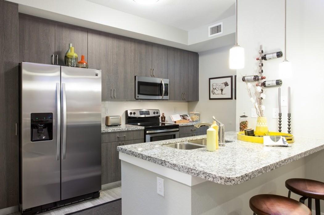 Apartments Near NSU Shalimar at Davie for Nova Southeastern University Students in Fort Lauderdale, FL