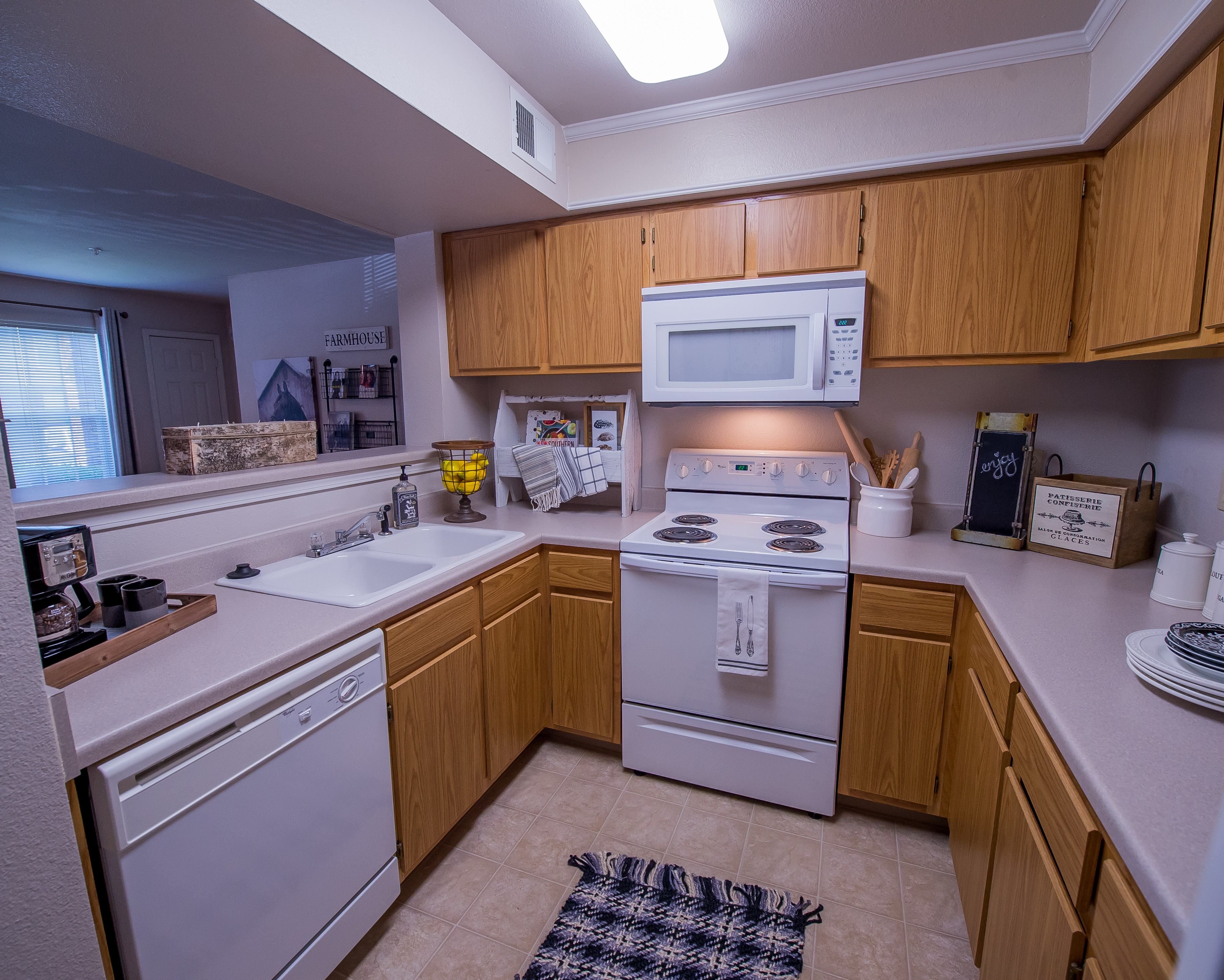 Apartments Near WSU Remington Wichita for Wichita State University Students in Wichita, KS