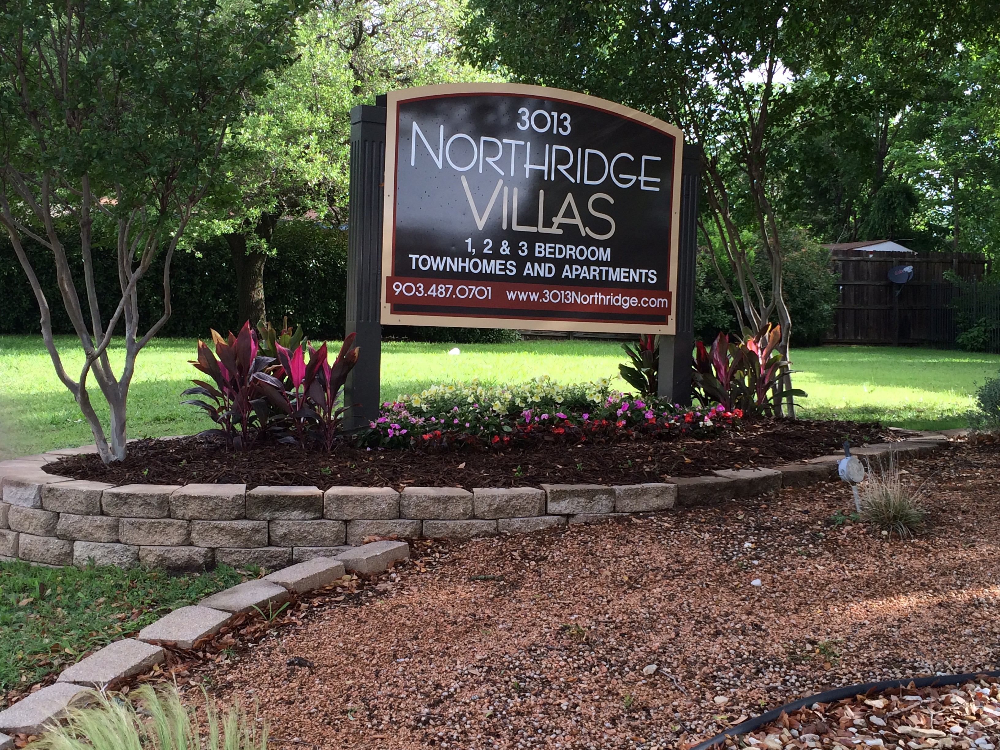 Apartments Near AC NORTHRIDGE VILLAS for University of Austin Students in Sherman, TX