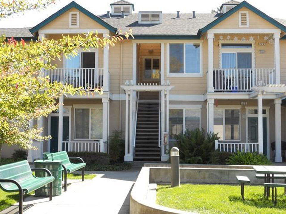 Apartments Near PUC Prospect Place for Pacific Union College Students in Angwin, CA