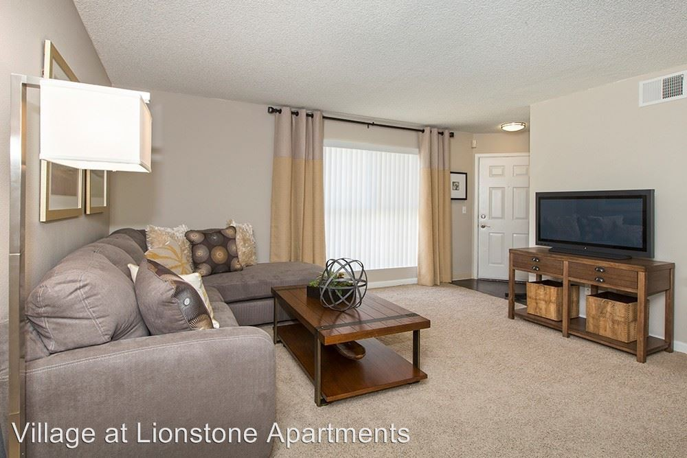 255 Lionstone Dr rental