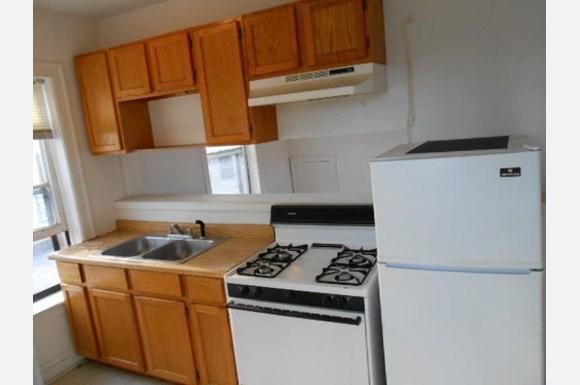 5941-51 N Paulina rental
