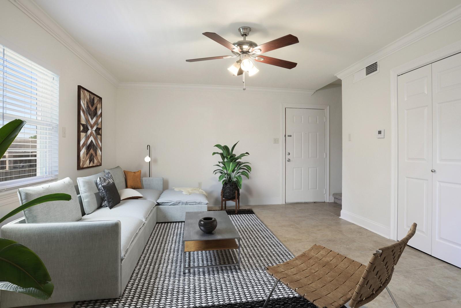 Apartments Near Louisiana The Warwick - Utilities Included for Louisiana Students in , LA