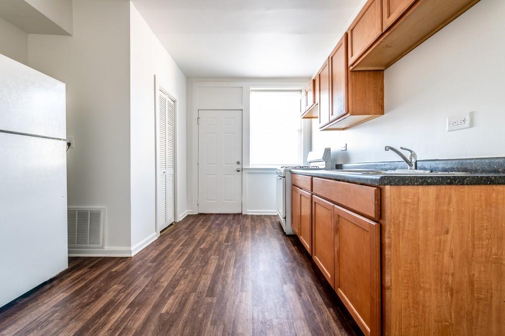 1249 S Fairfield Ave rental