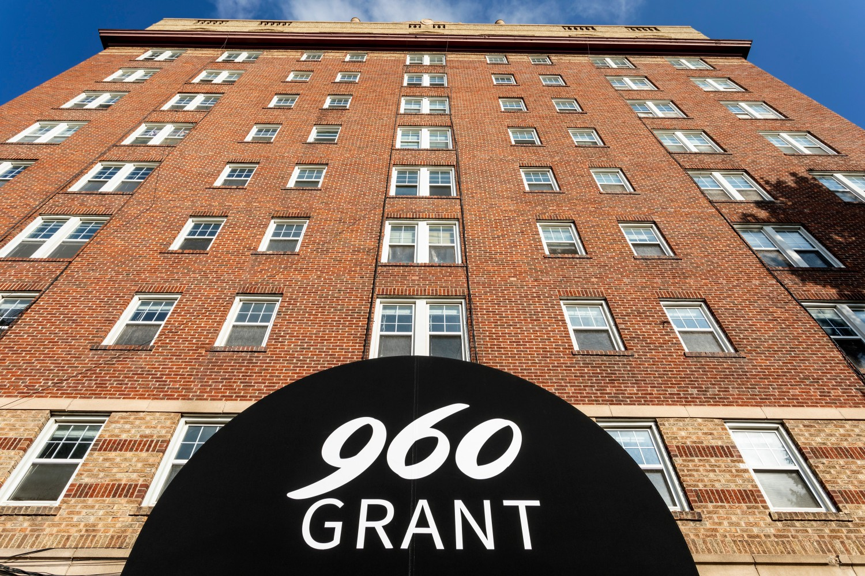960 Grant
