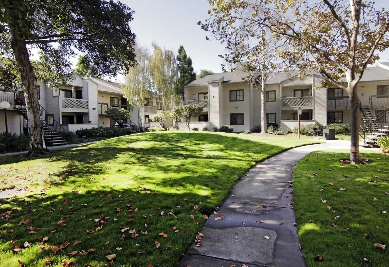 Huntwood Terrace