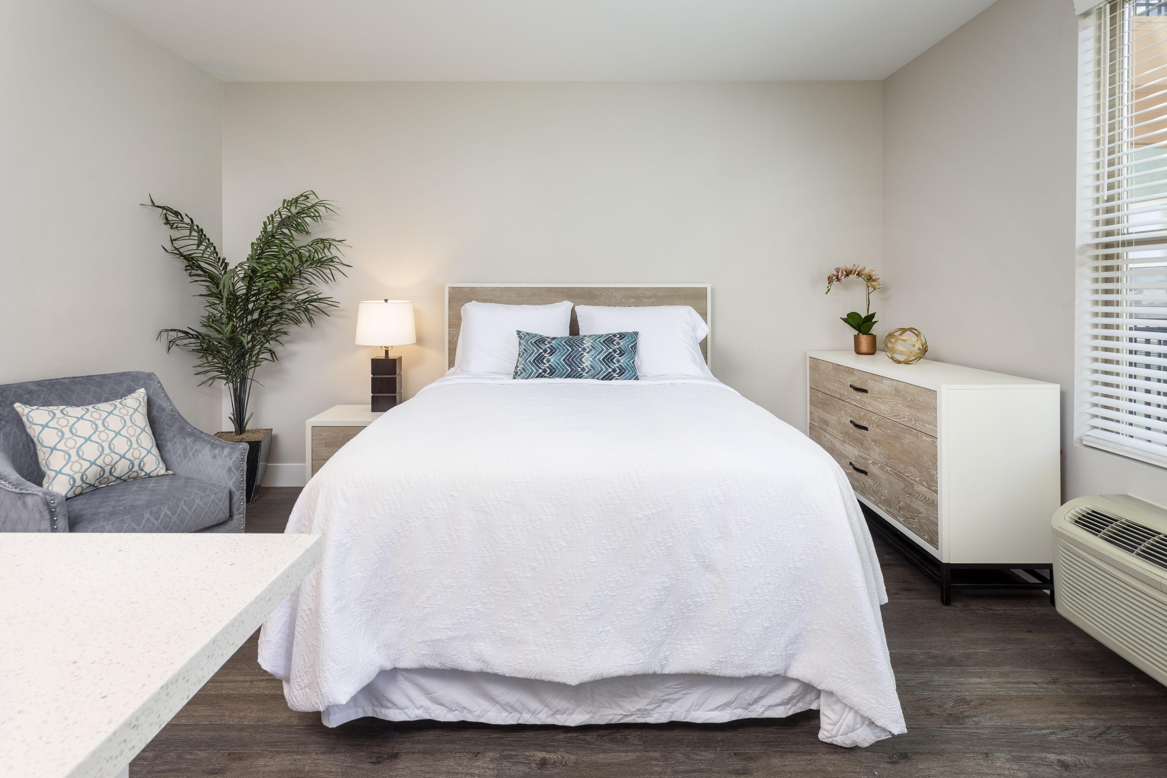 Entrada Apartments rental