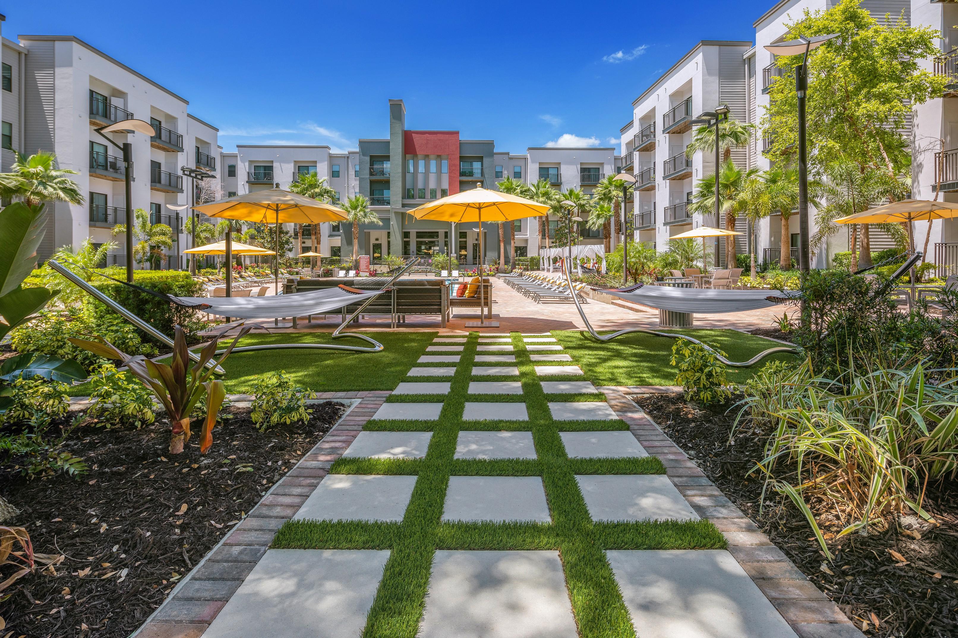 Solara Apartments photo
