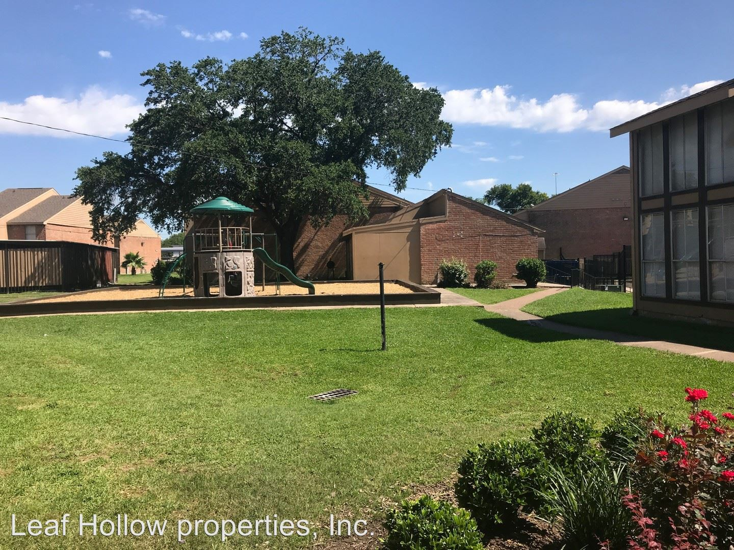 The Crossing Townhomes and Apartments rental