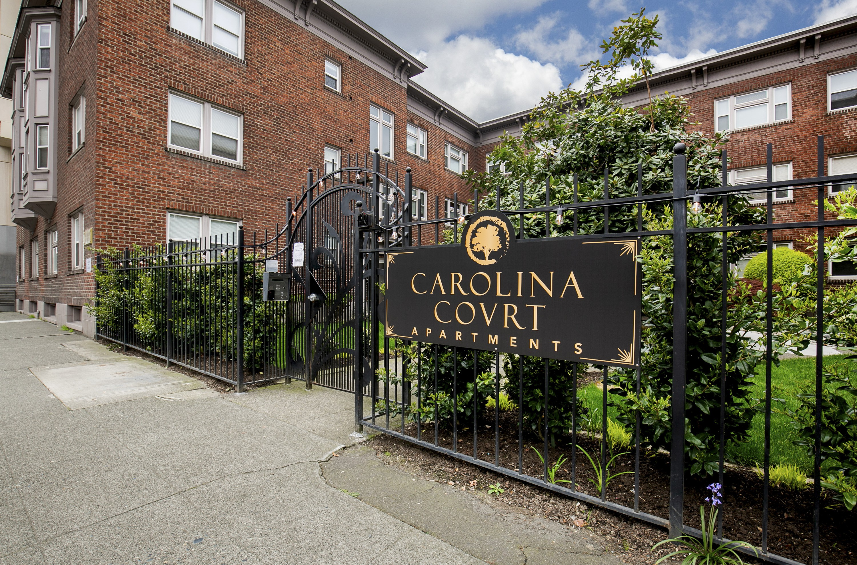 Carolina Court rental
