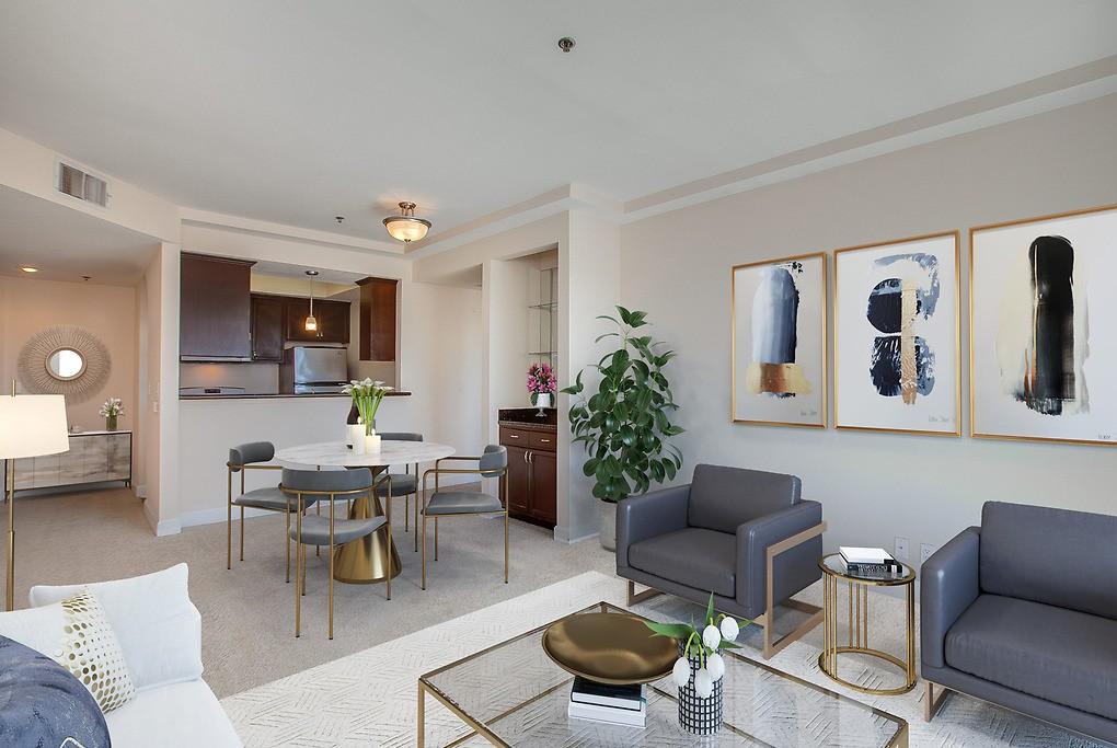 Essex Properties at Miracle Mile