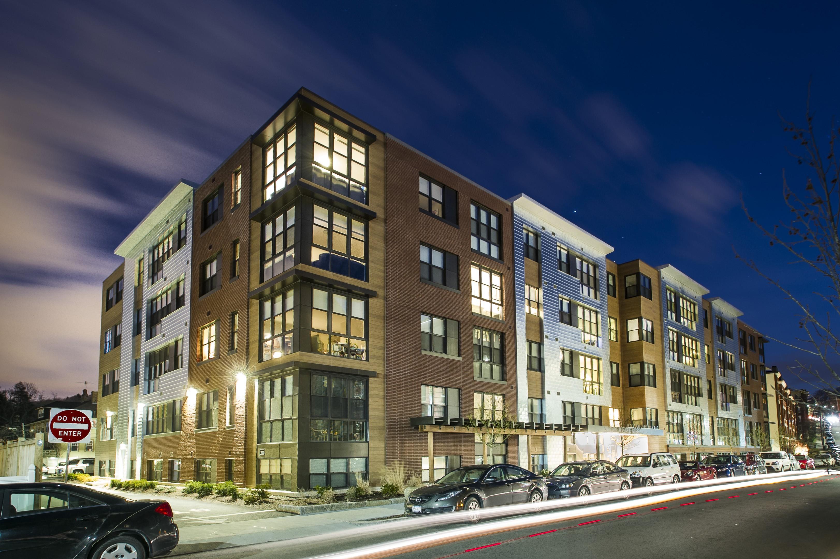 Apartments Near Boston College E3 Apartments for Boston College Students in Chestnut Hill, MA