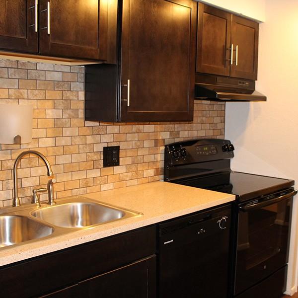 899 Washington Street Apartments photo