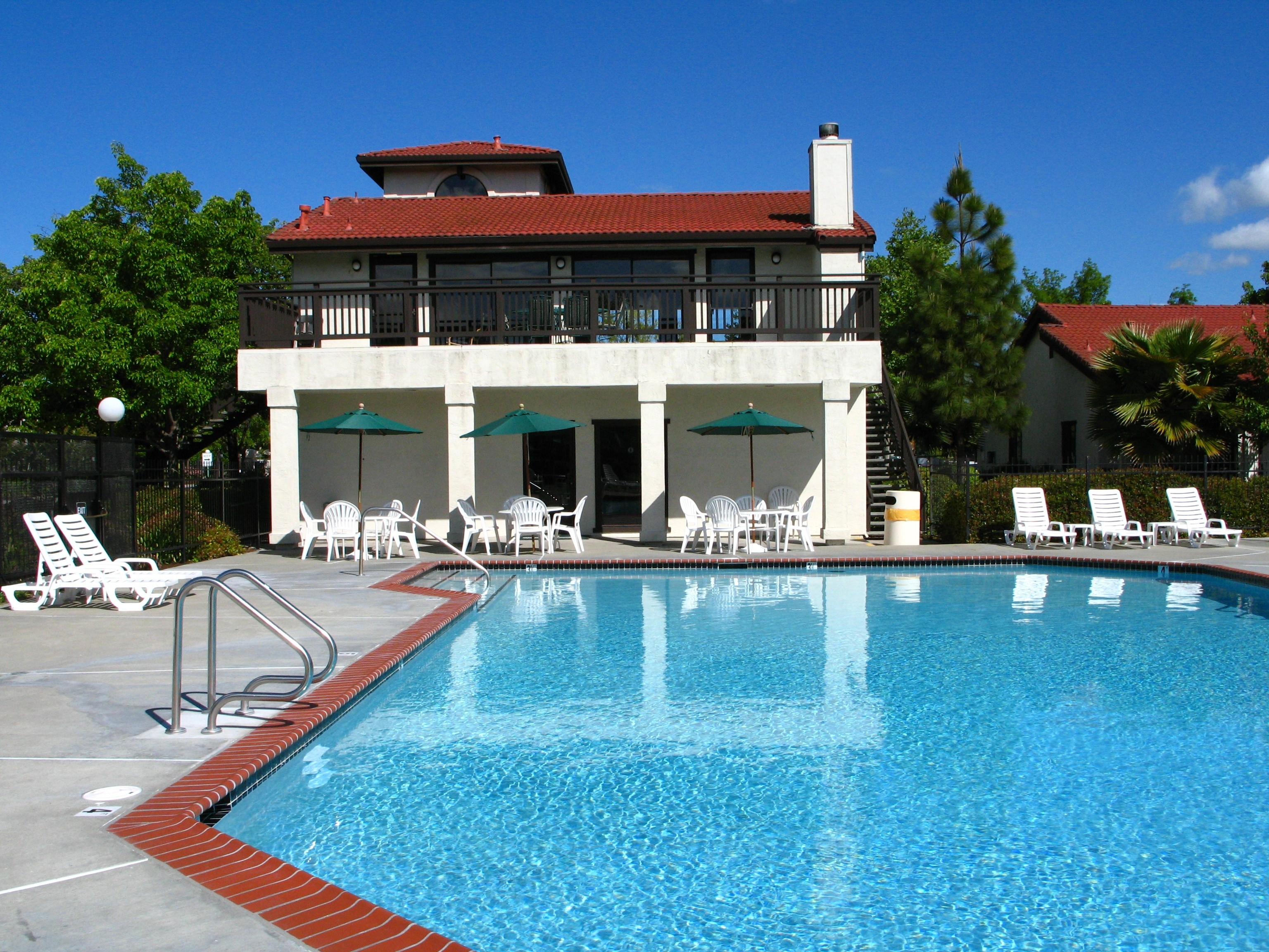 Apartments Near Cal State East Bay Ardenwood Forest Rental Condos for California State University-East Bay Students in Hayward, CA