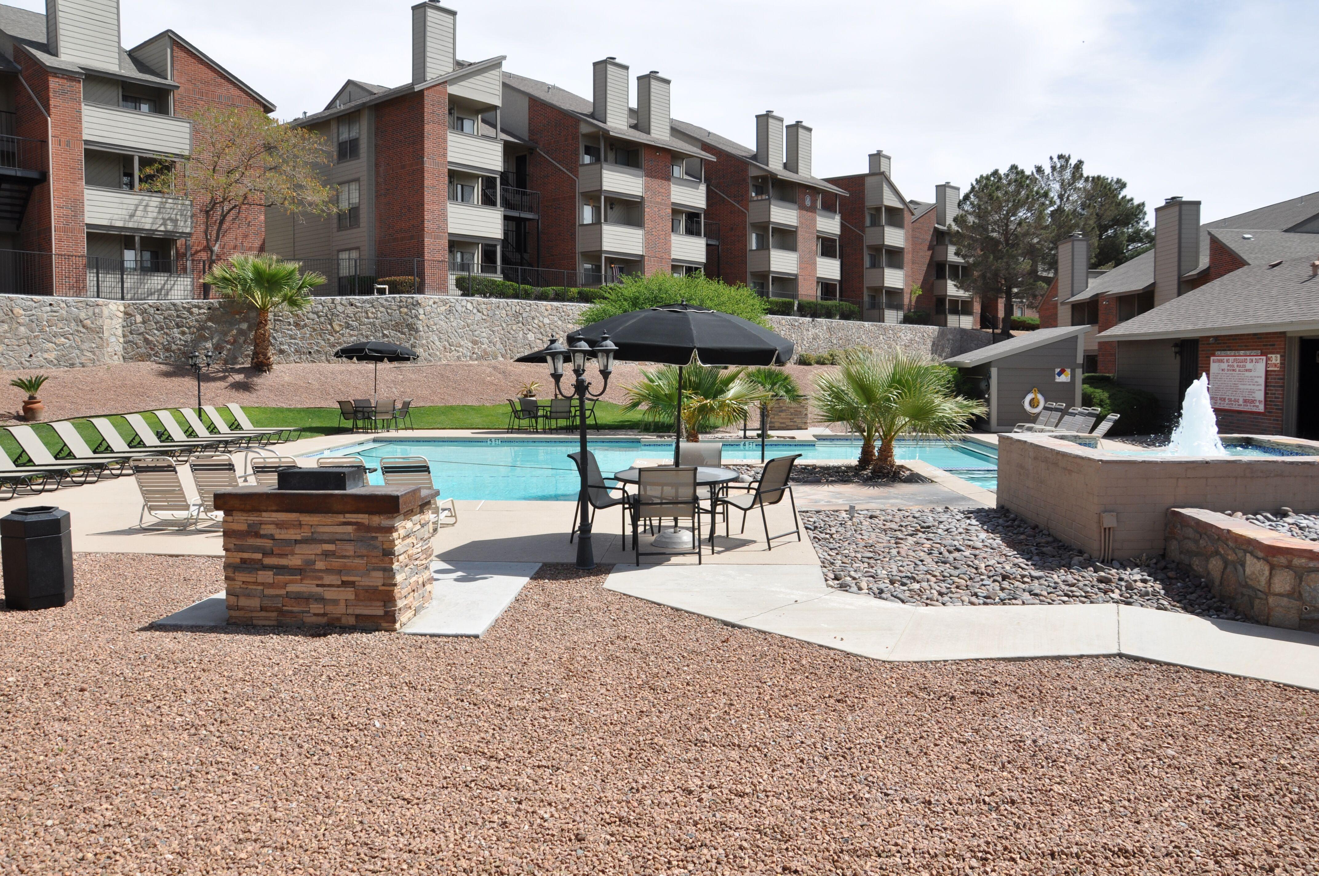 Apartments Near UTEP High Ridge Apts. for University of Texas at El Paso Students in El Paso, TX