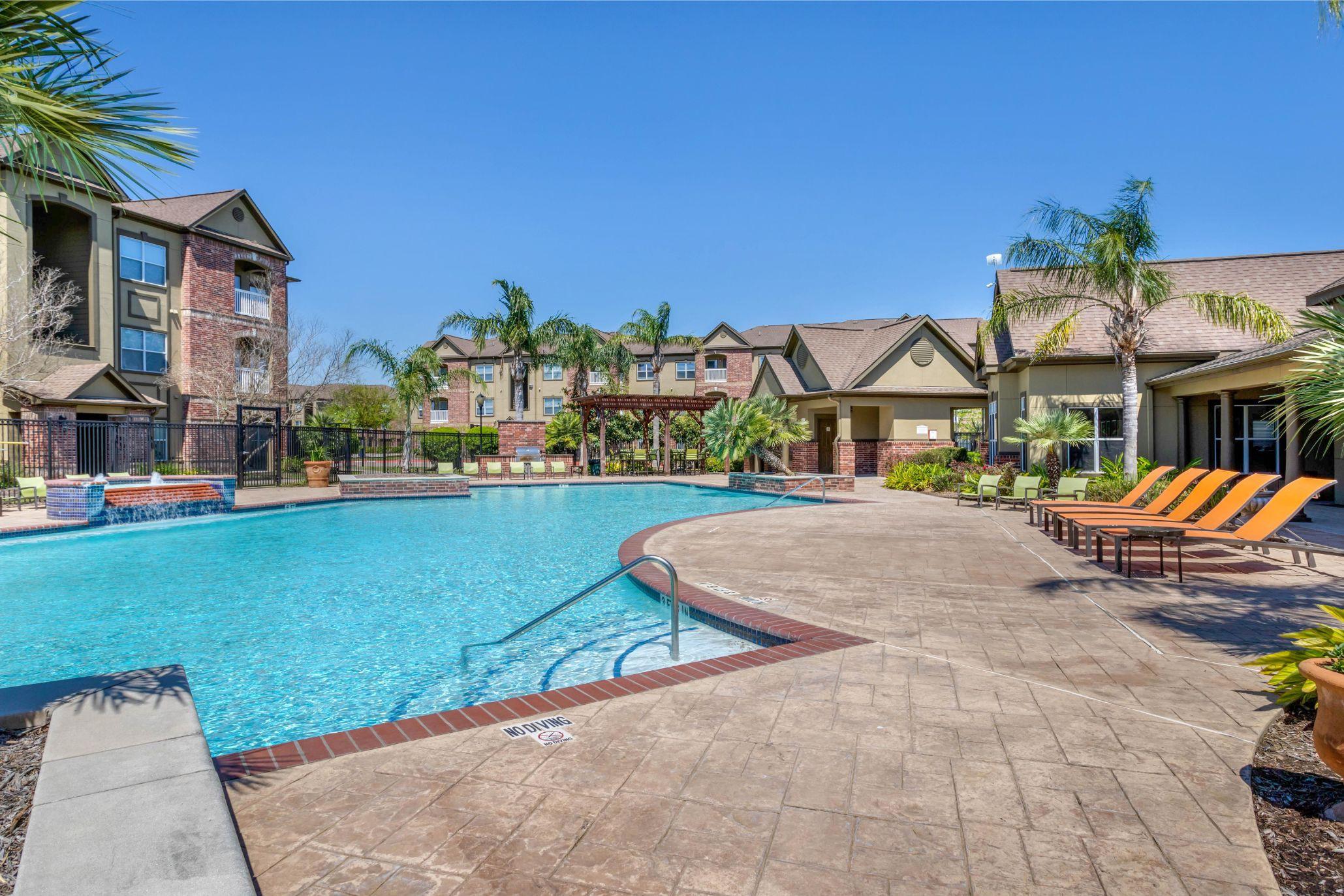 The Villas at Shadow Creek Apartments photo
