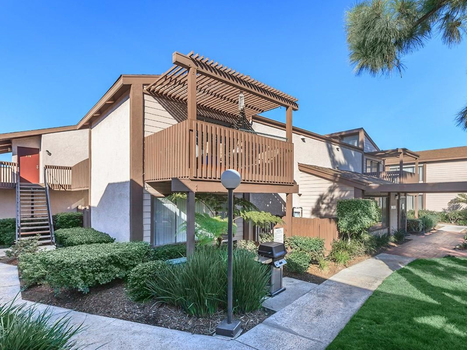 Westmont Apartment Homes photo