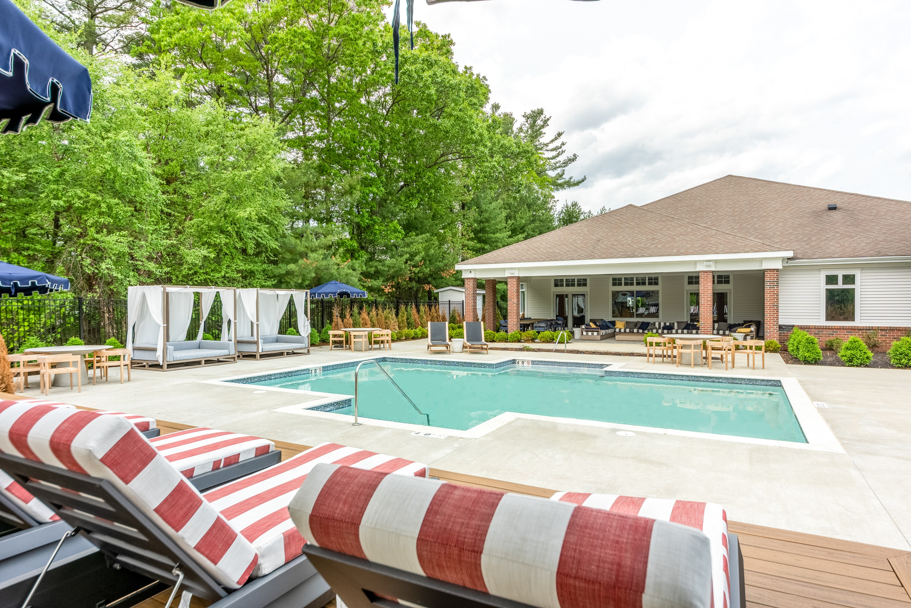 Apartments Near Merrimack Residences at Tewksbury Commons for Merrimack College Students in North Andover, MA