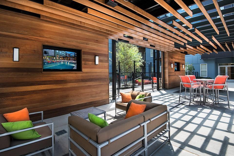 Apartments Near AAMU Artisan Twickenham Square for Alabama A & M University Students in Normal, AL