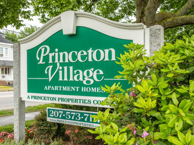 Apartments Near USM Princeton Village for University of Southern Maine Students in Portland, ME
