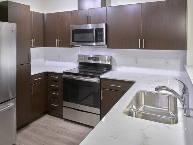 Pratt Park Apartments photo