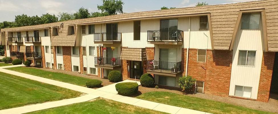 Apartments Near Seton Hill Cedar Ridge for Seton Hill University Students in Greensburg, PA
