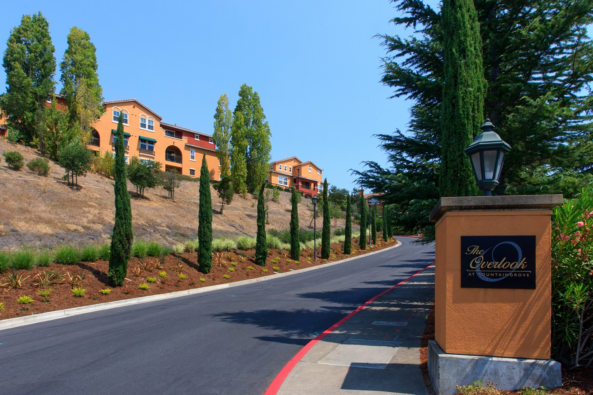 Apartments Near Sonoma State Overlook At Fountaingrove for Sonoma State University Students in Rohnert Park, CA