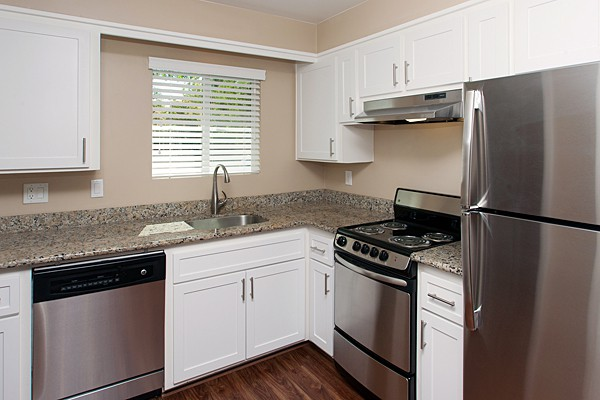 Apartments Near PUC Villa Oaks for Pacific Union College Students in Angwin, CA