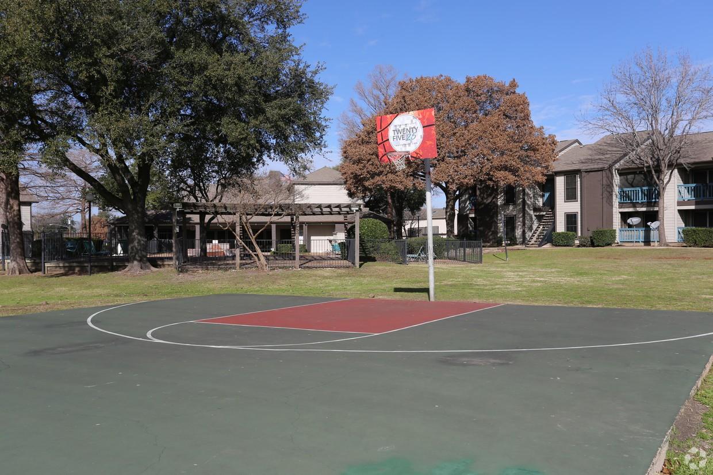 Grove at Trinity Mills
