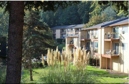 Apartments Near OHSU Greenbriar Village for Oregon Health & Science University Students in Portland, OR